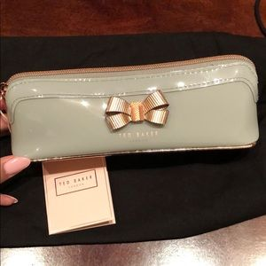 TED BAKER Bow Pencil Case in Mid Grey